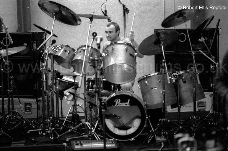 Phil Collins Pearl BLX  Birch Custom Concert Tom Kit - Solo Tour Rehearsals October 1982 - Image © Robert Ellis (Repfoto)